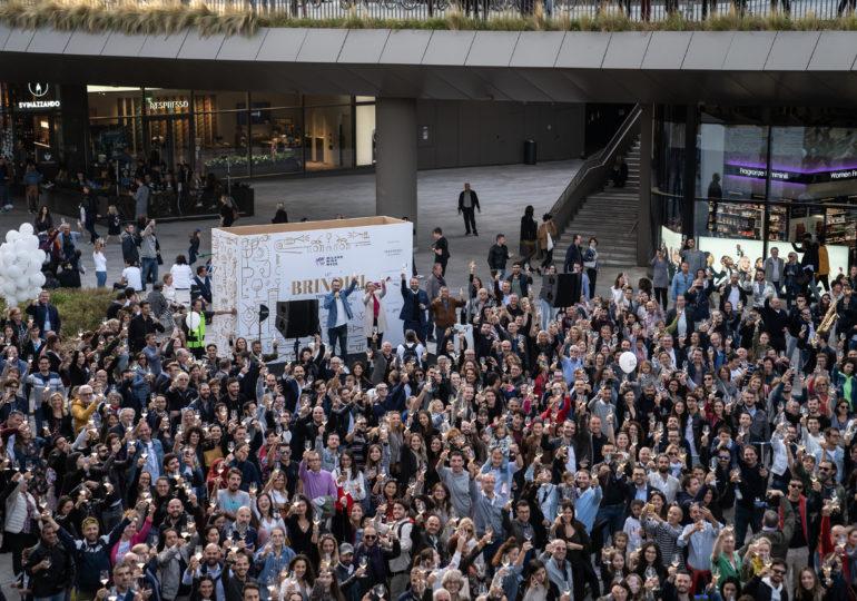 """MILANO WINE WEEK: OLTRE 300.000 PERSONE CONTAGIATE DALLA """"FEBBRE"""" DEL VINO"""