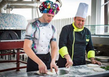 Il  cuoco stripper a Napoli