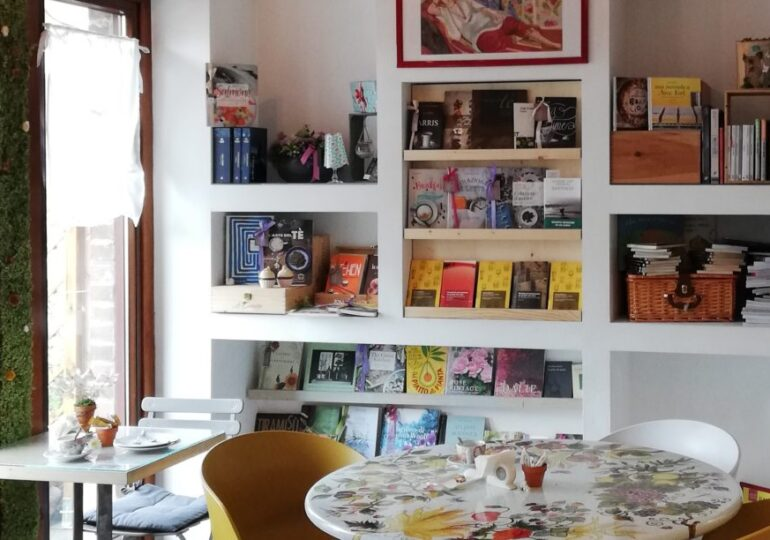 Festina Lente bistrot letterario con il delivery